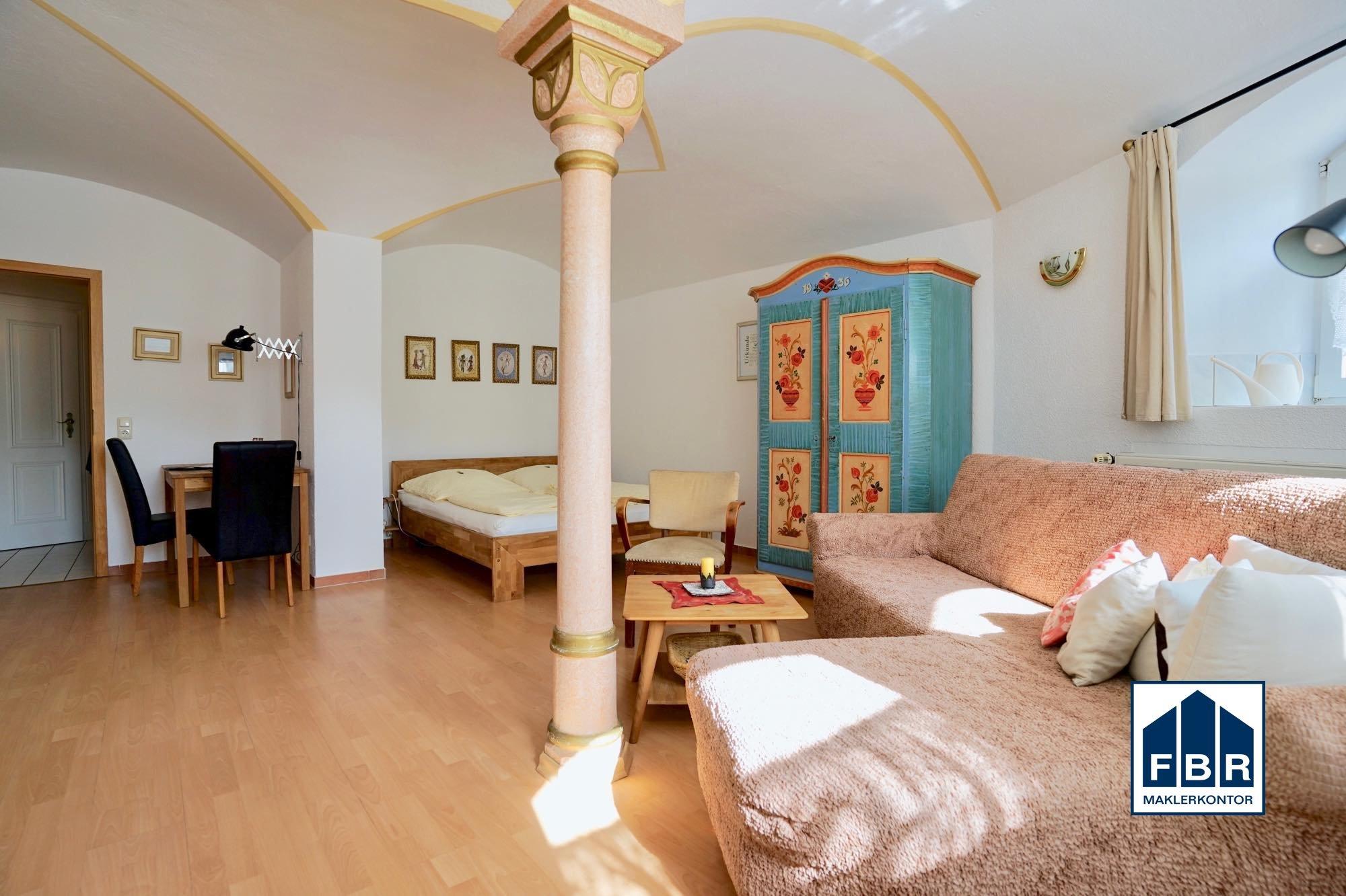 Souterrain 2 Wohn-/Schlafzimmer