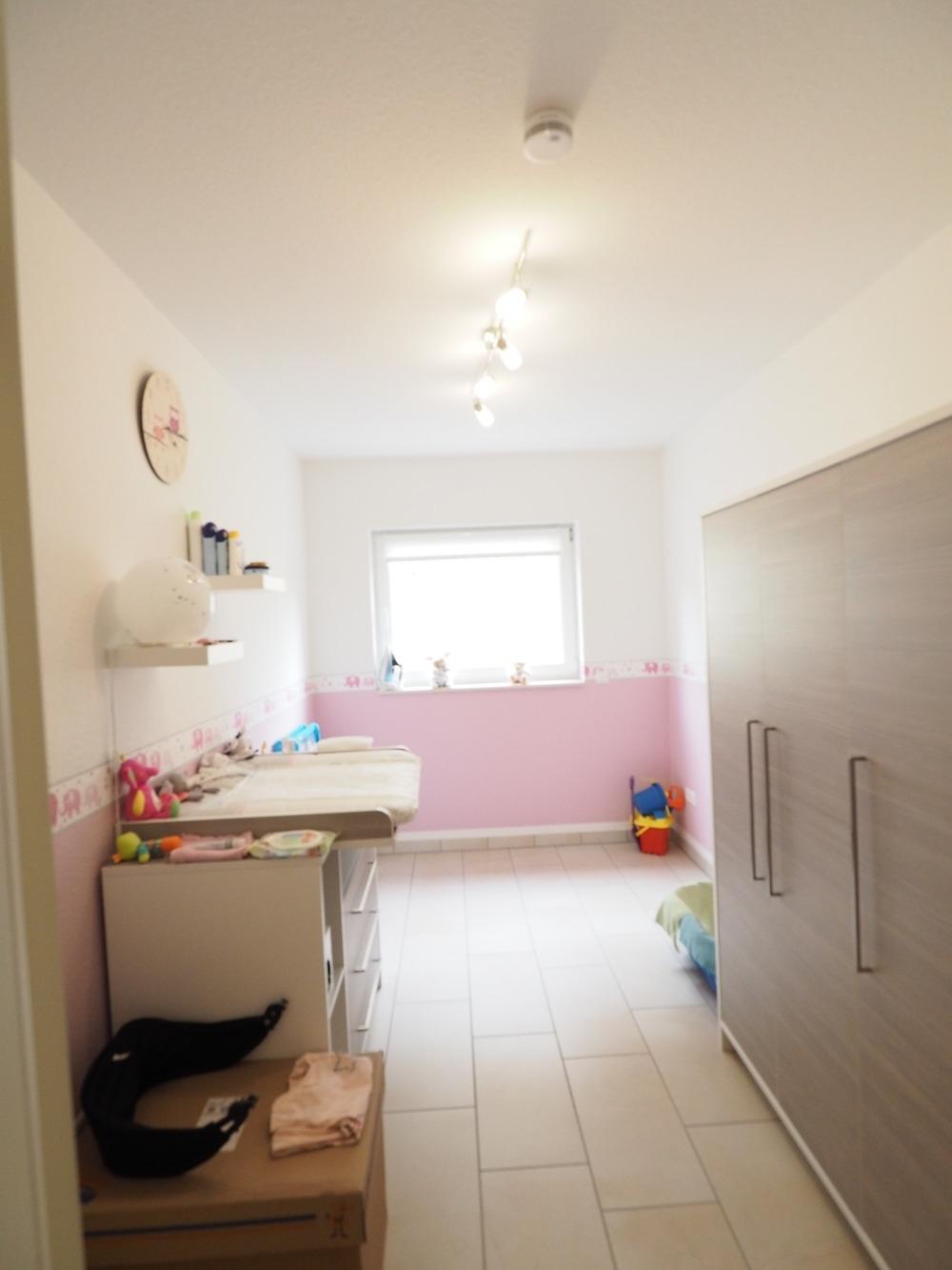 Kinderzimmer / Büro