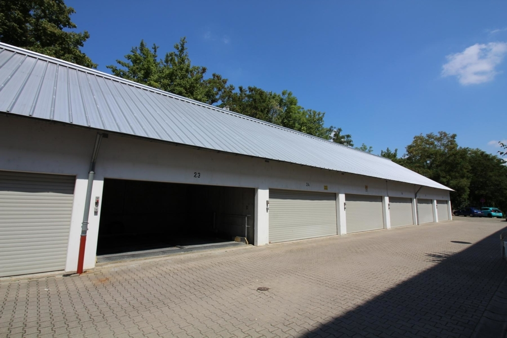 Garagen