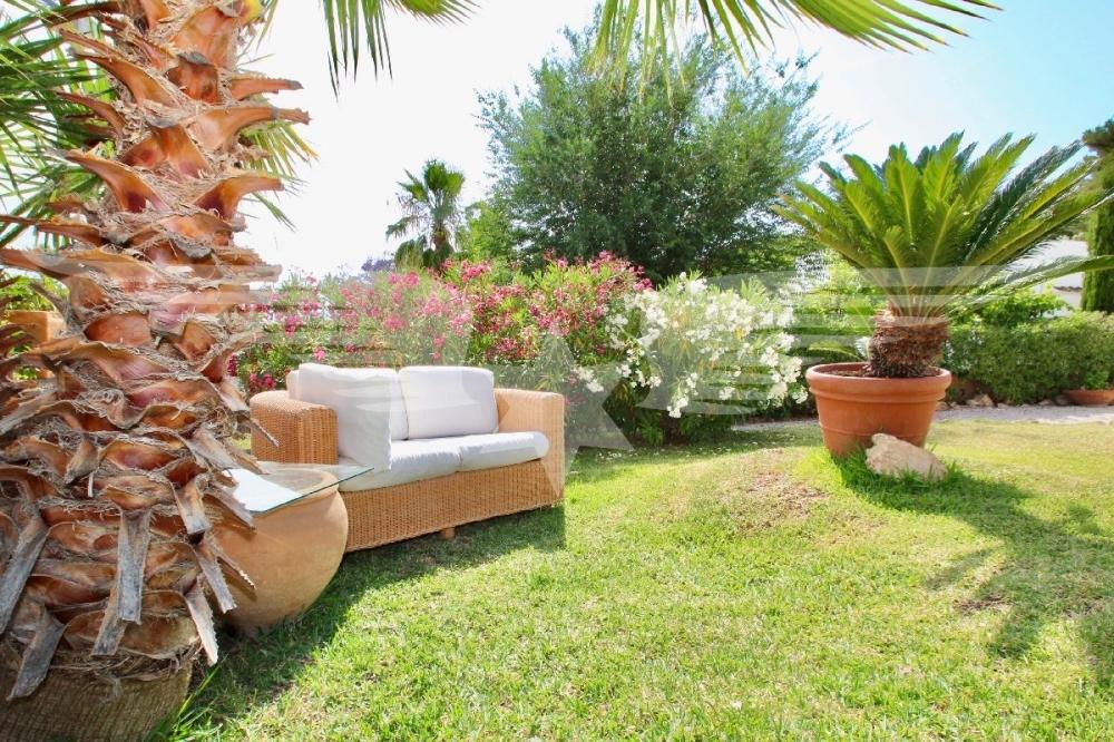 Lounge im Garten