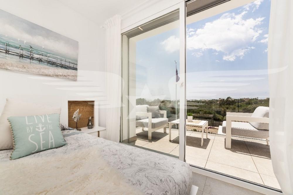 Master-Bedroom mit Terrasse