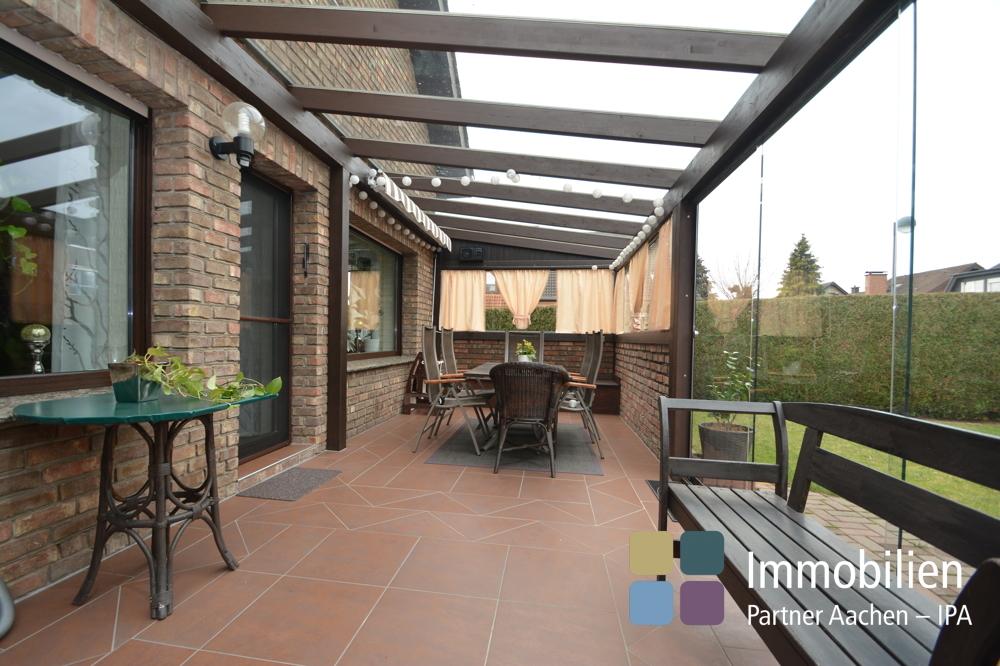Überdachte Terrasse vgl. Wintergarten