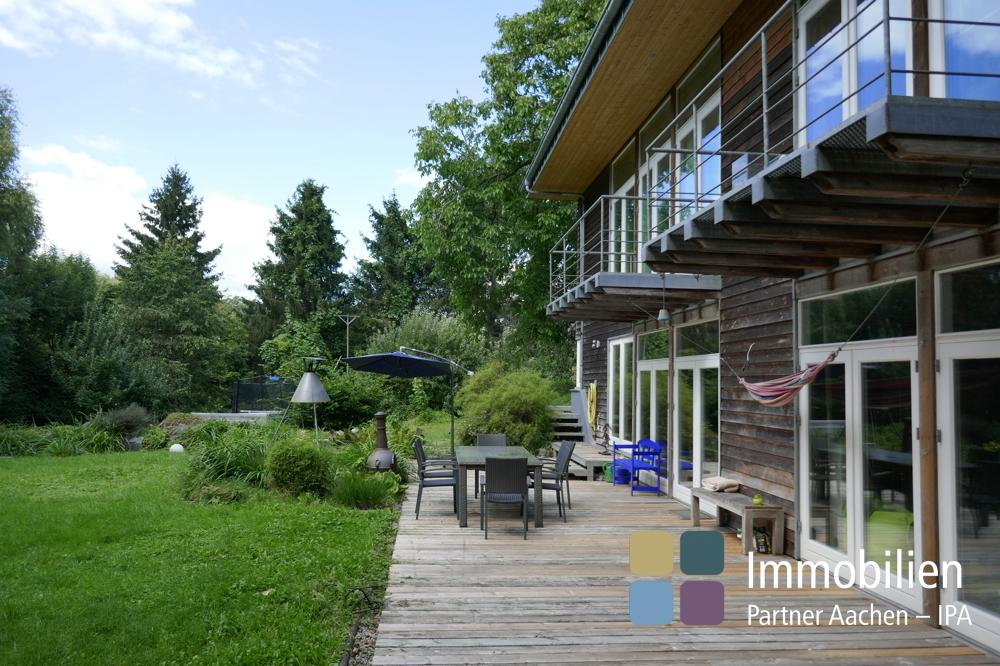 Haus und Garten mit Terrasse - 01 - Kopie