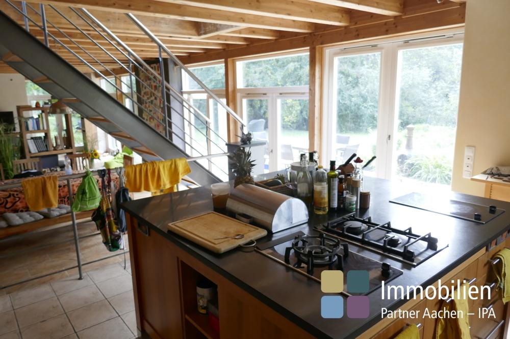 Küche mit zentraler Kochstelle - 3