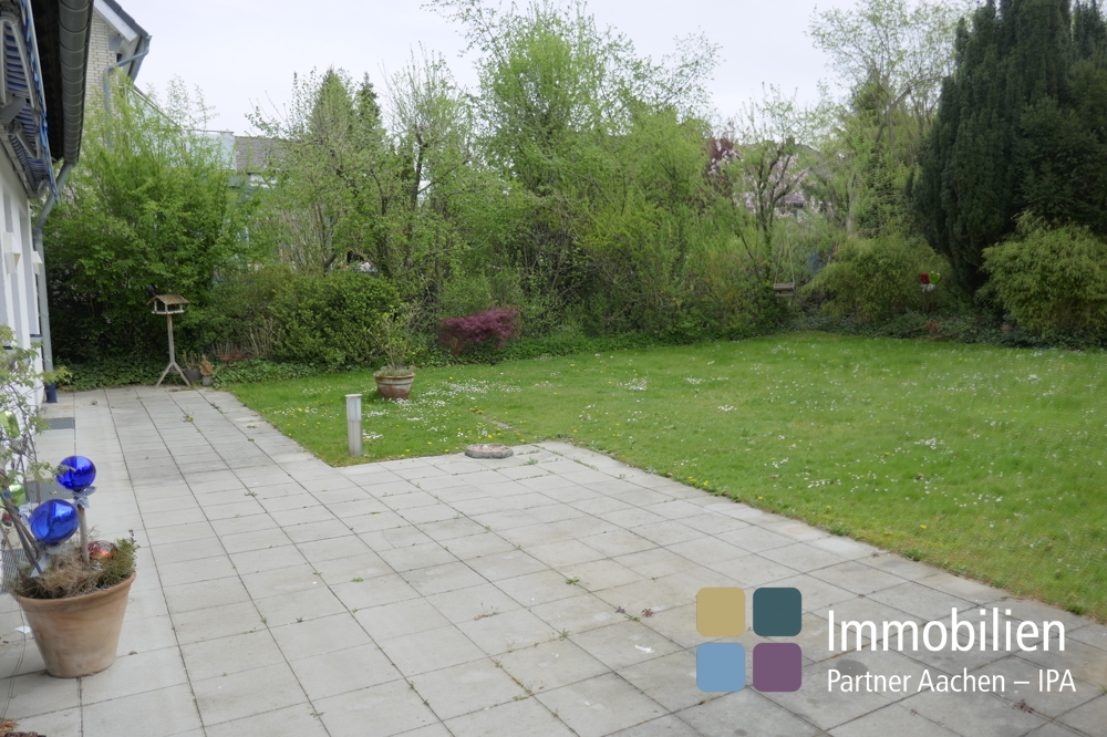 Garten mit Terrasse-01_1180205