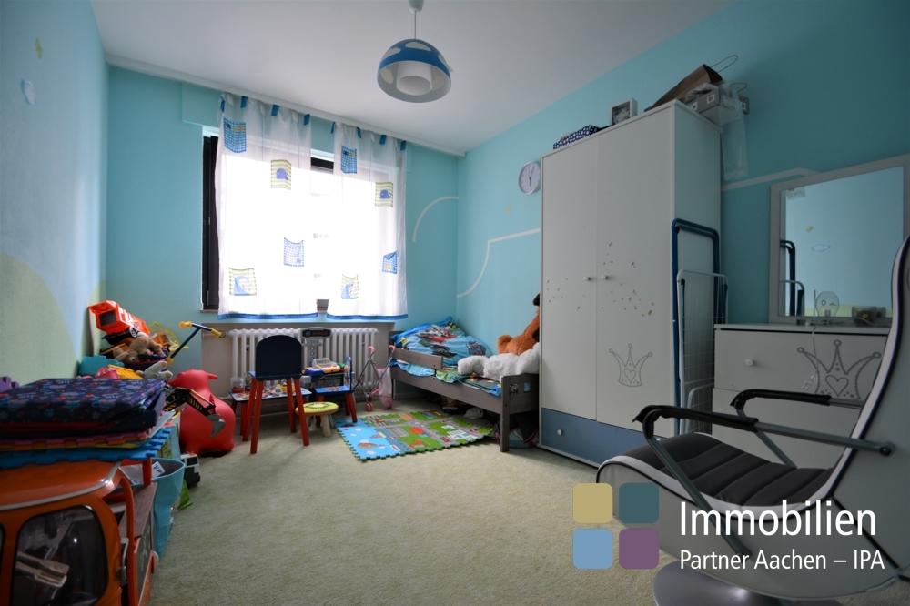 Kinder- oder Arbeitszimmer
