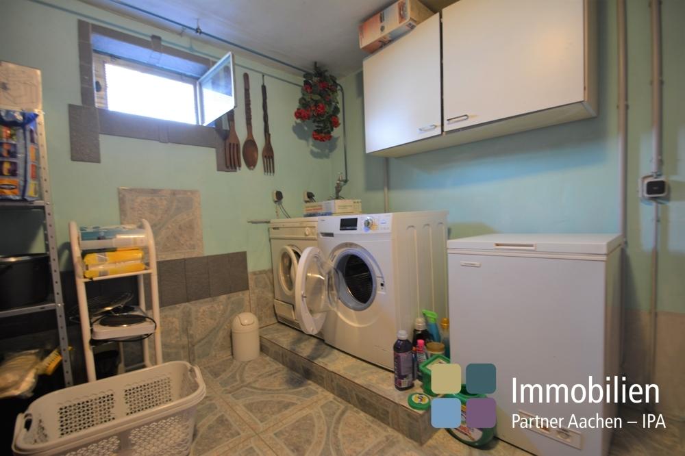Waschküche/Vorratsraum