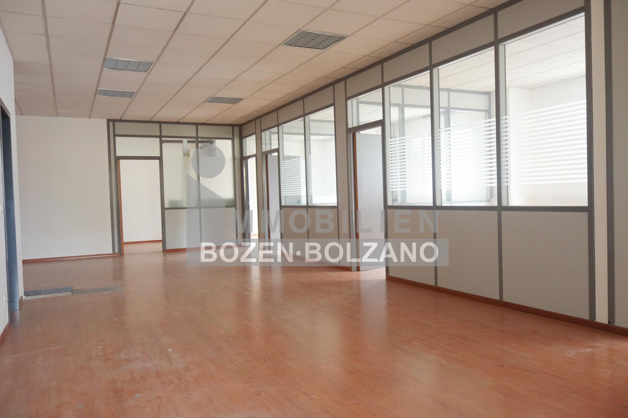 Büro (10)