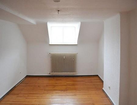 DG Wohnung Zimmer1