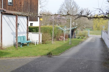 Grundstück mit Garage