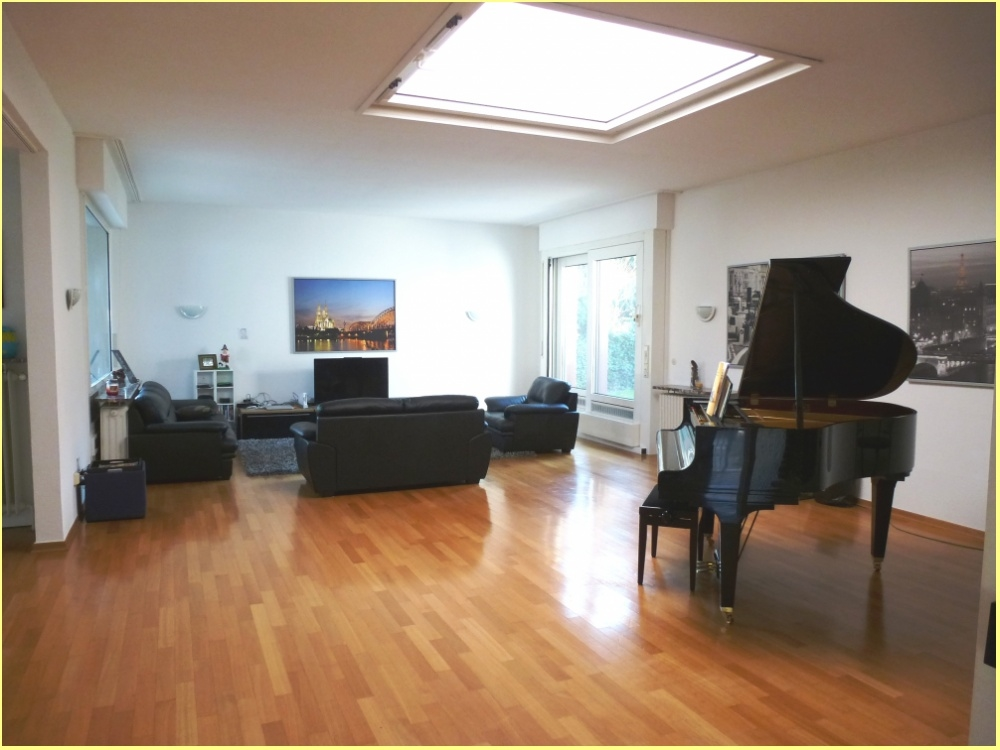 Wohnzimmer mit Lichtkuppel