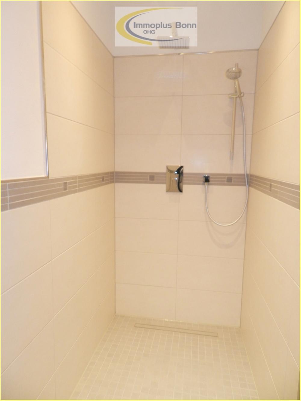Bad Nr. 2 mit Dusche
