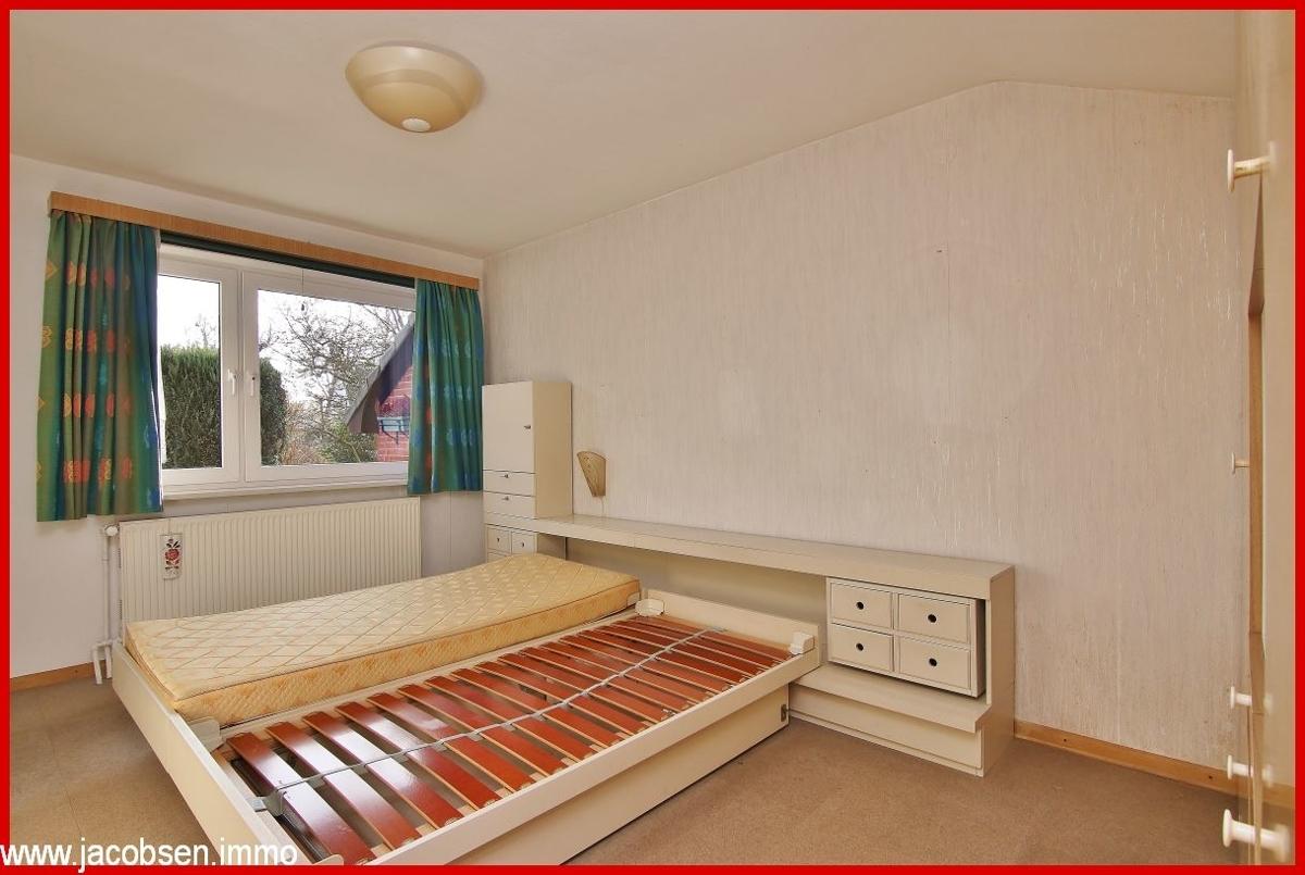 Schlafzimmer im Garagenanbau