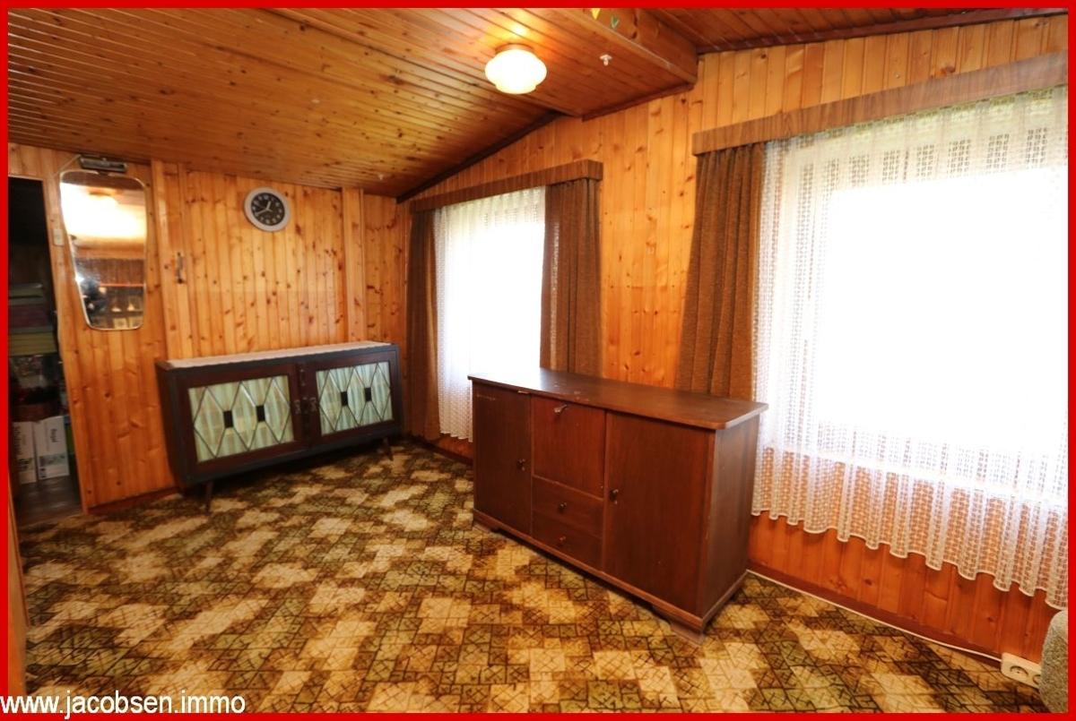Zimmer 14m² im Dachgeschoss
