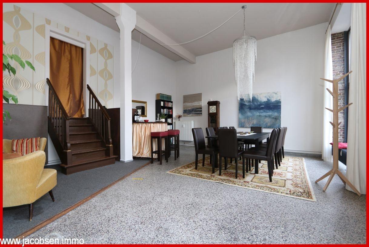 Lounge bzw. Büro-Laden