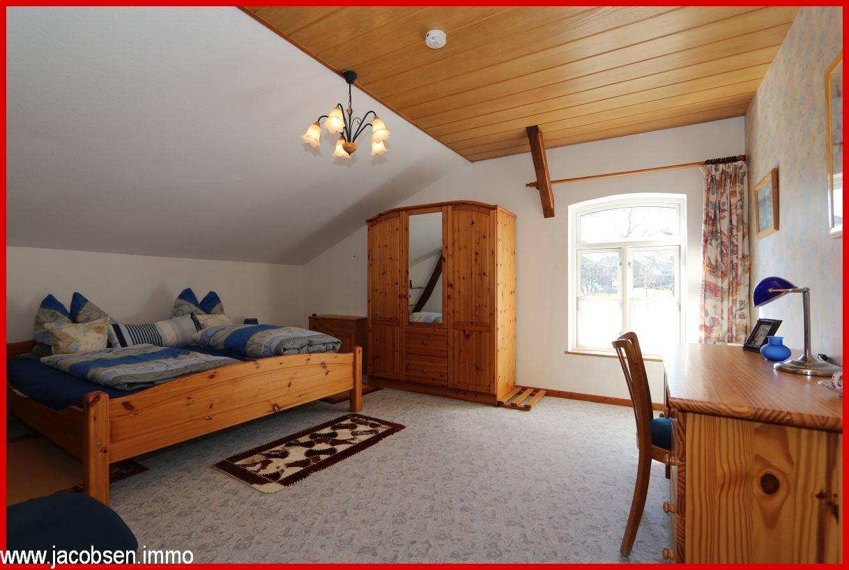 Schlafzimmer I im Dachgeschoss