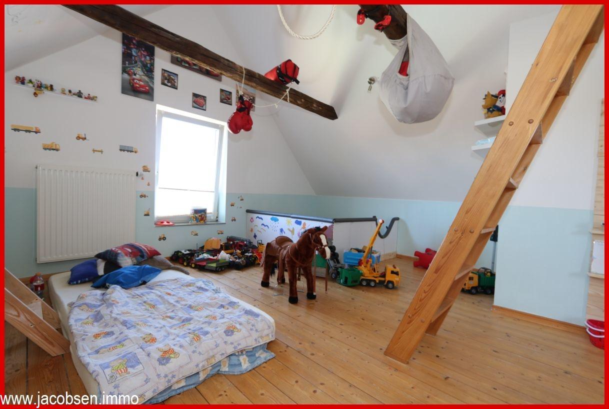 Kind 1 Dachgeschoss