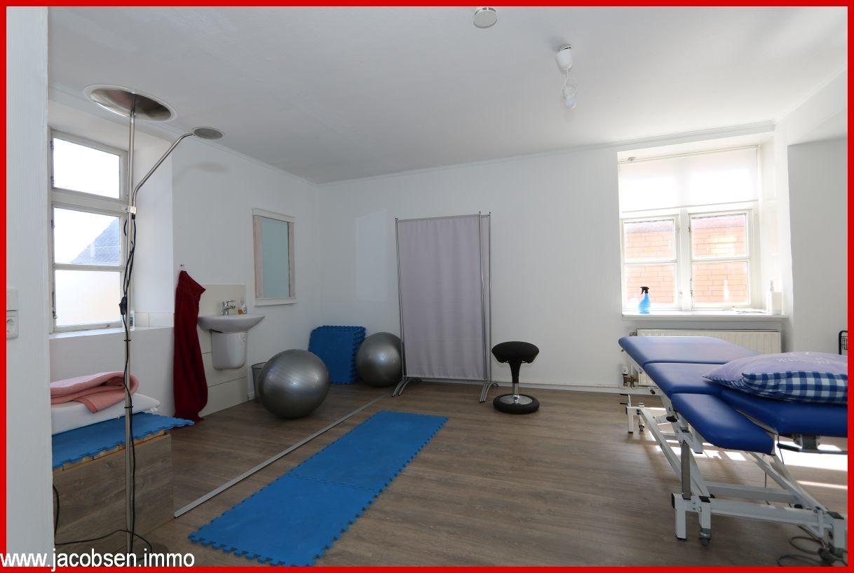Behandlungsraum 4 im Obergeschoss