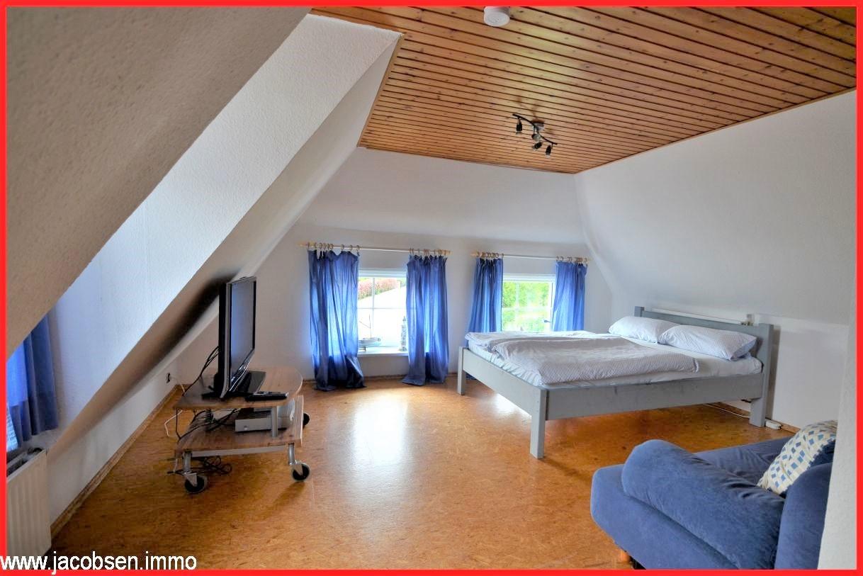 Zimmer I im Dachgeschoss