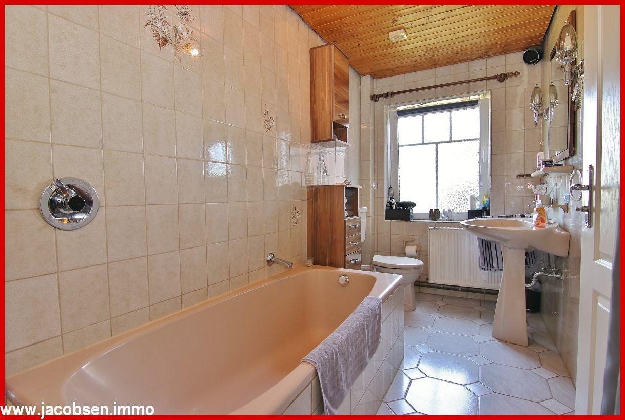 Hauptwohnung Badezimmer