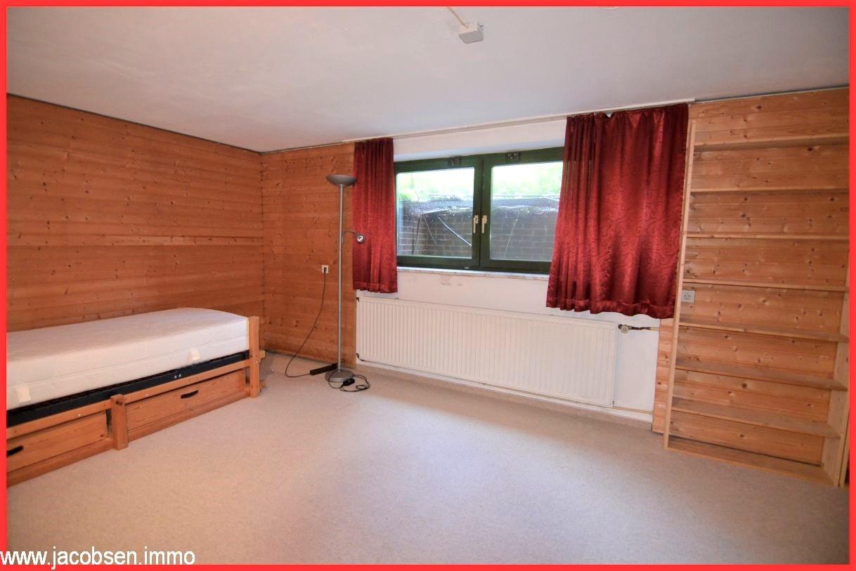 Zimmer im Kellergeschoss