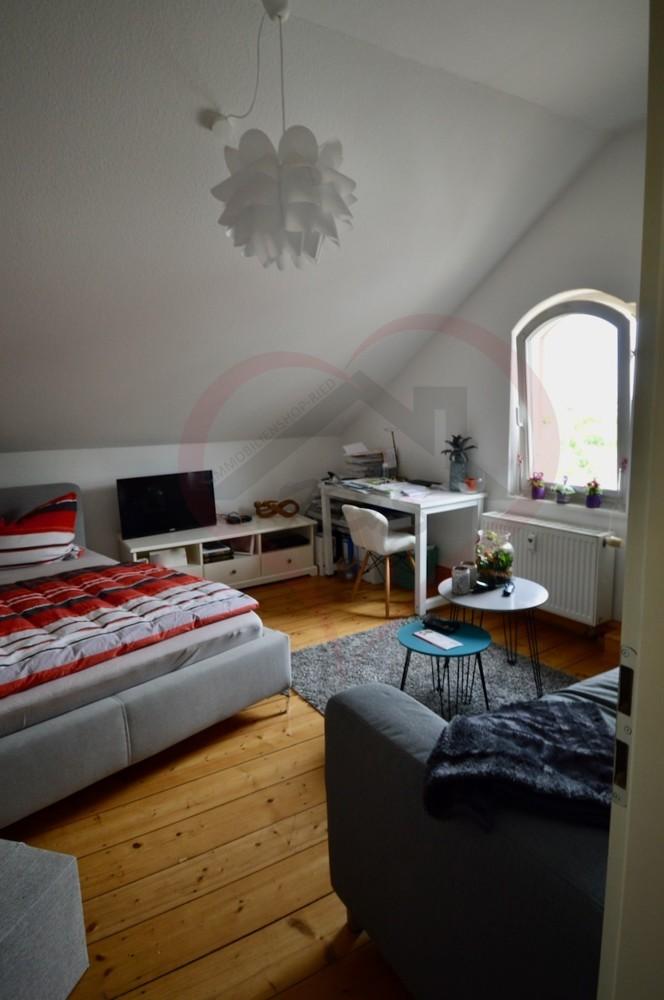 Whg.4 - Wohn-:Schlafzimmer (1)
