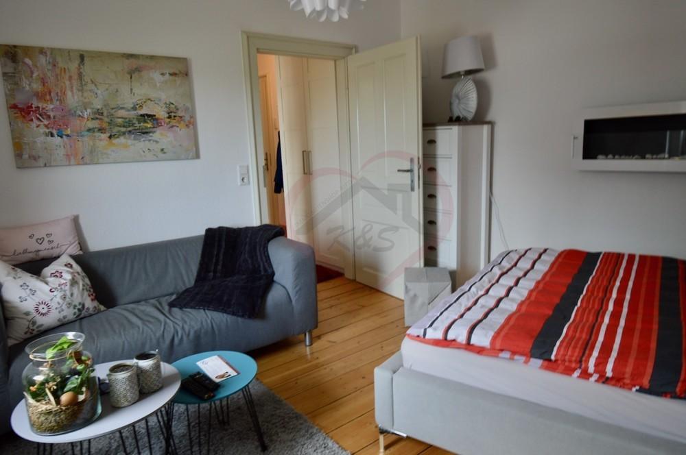 Whg.4 - Wohn-:Schlafzimmer (2)