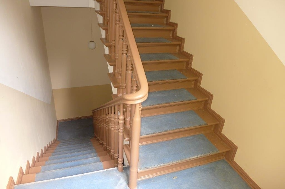 Treppenhaus Seitenflügel