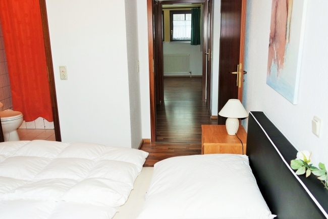 OG, Schlafzimmer 1