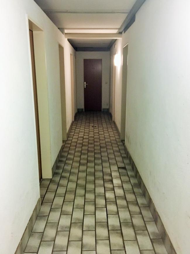 Zugang zum Keller