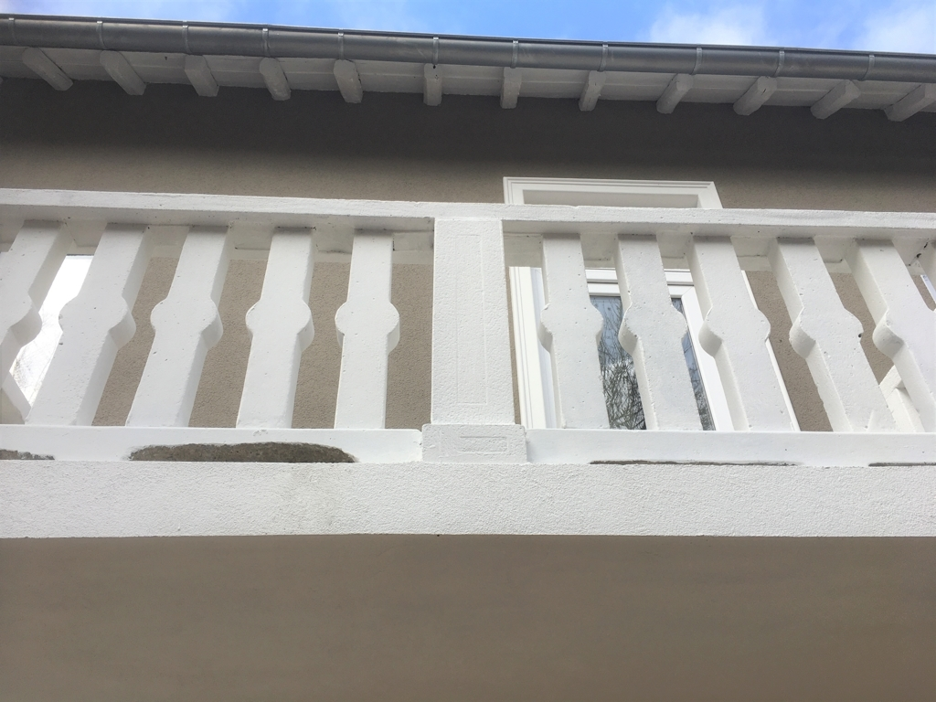 Balkon, Außenansicht