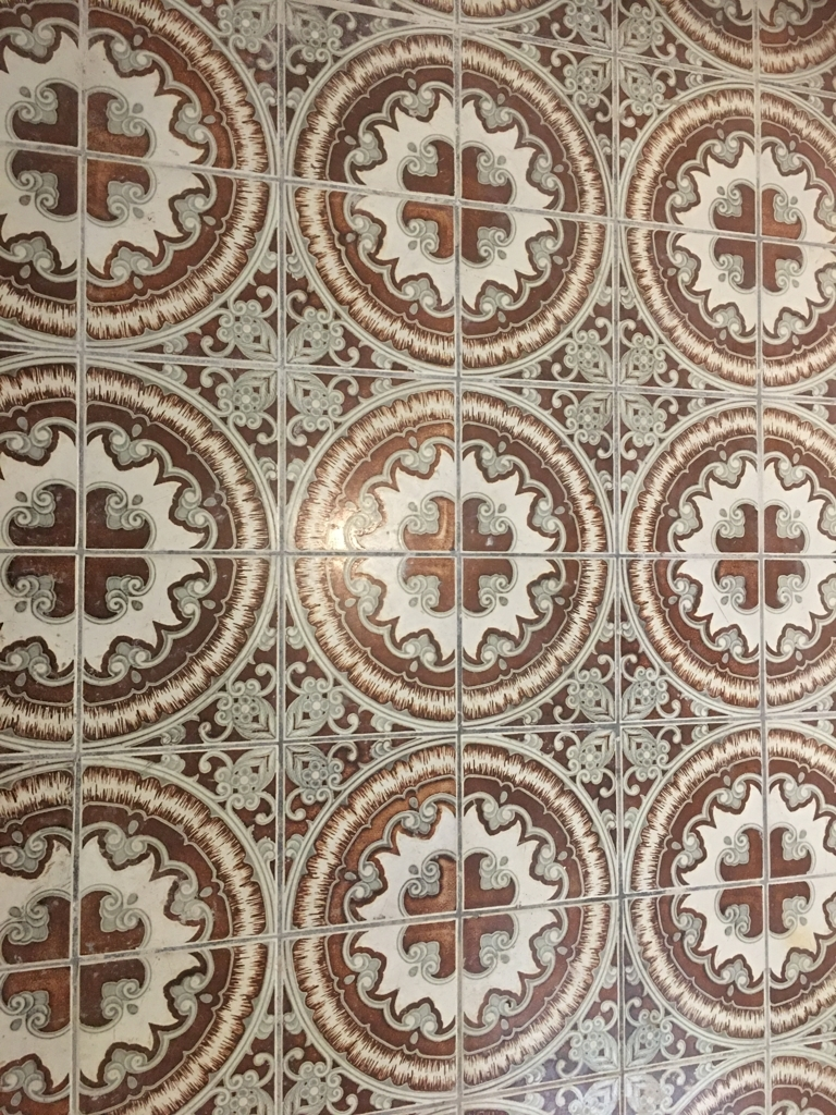 Fußboden in einem Gewölbekeller