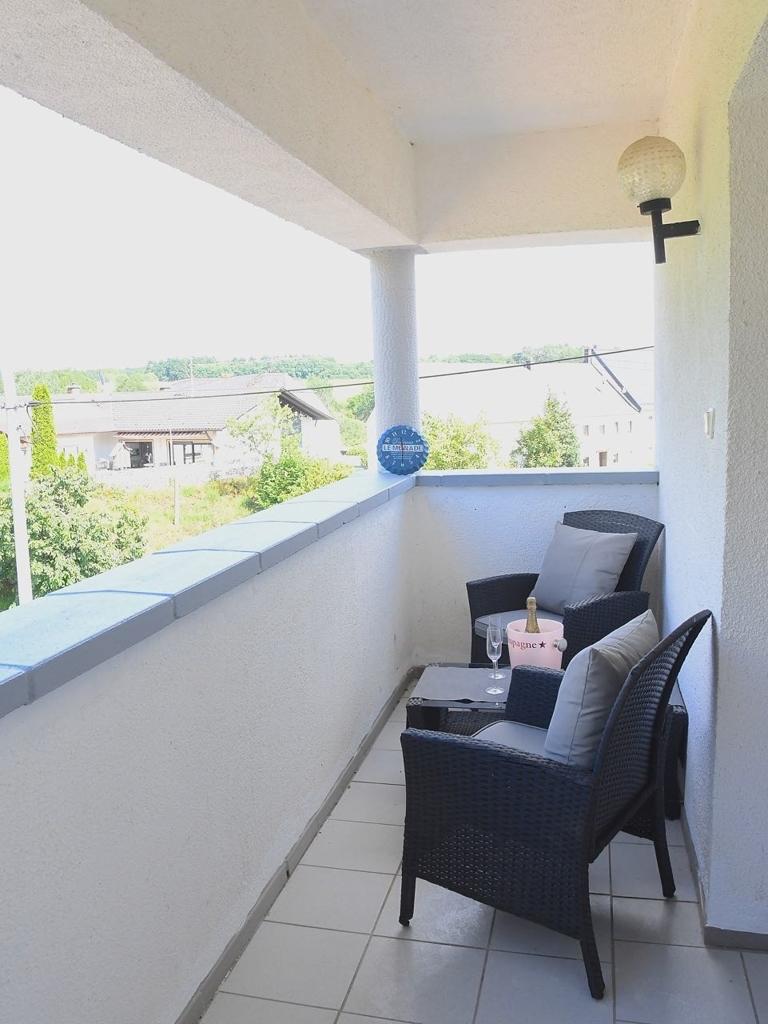 Wohnung 2 Balkon
