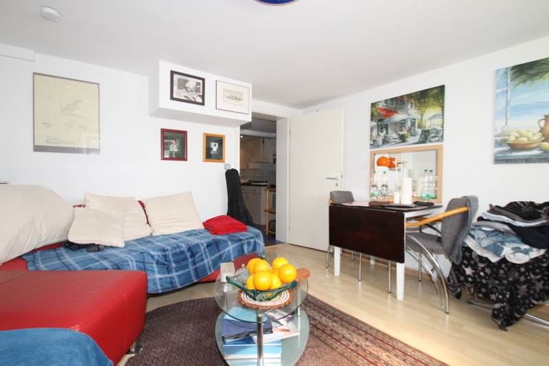 Wohnung 4/Zimmer 1