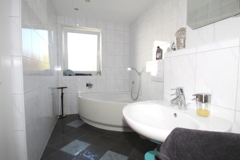 Wohnung 2/Badezimmer