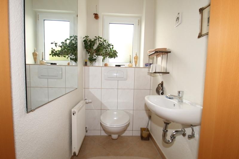 Wohnung 1/Gäste-WC