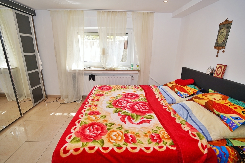 Schlafzimmer (Souterrain)