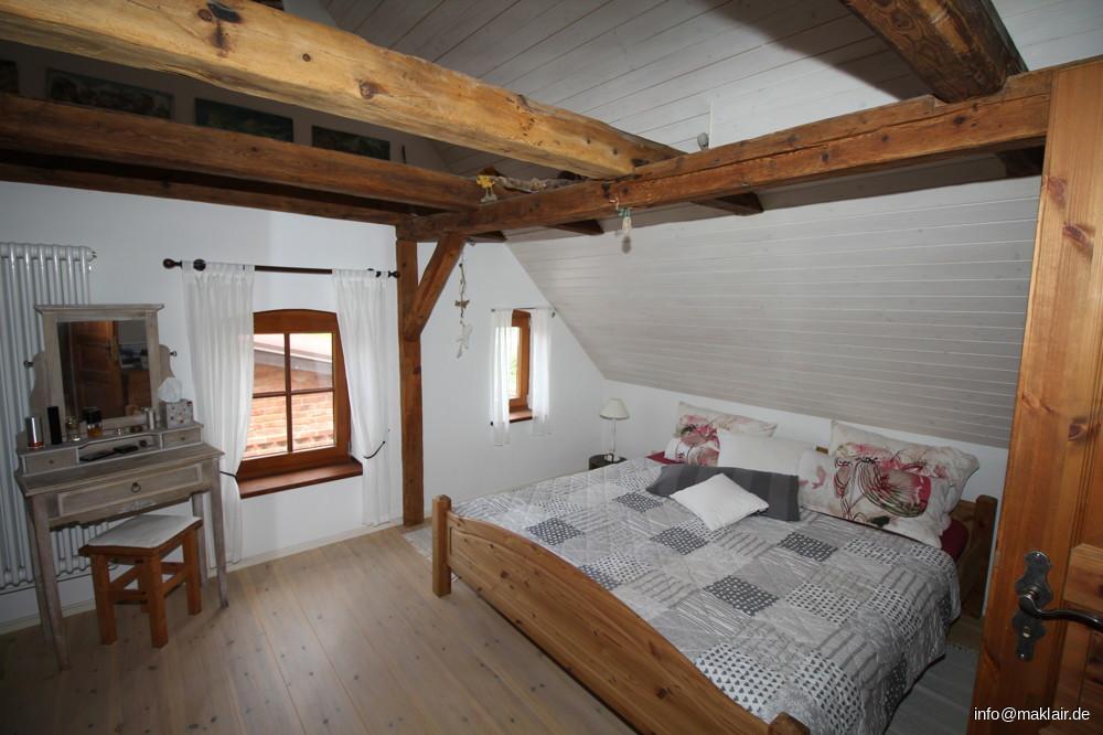 Schlafzimmer - 1