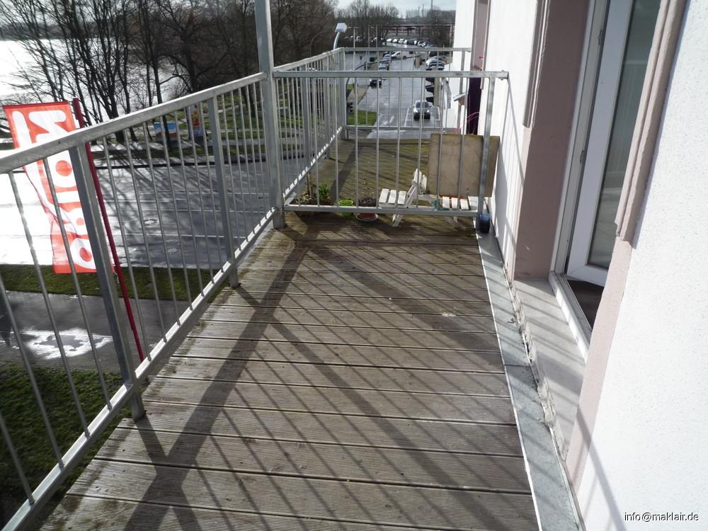 Balkon 2 (von Küche)