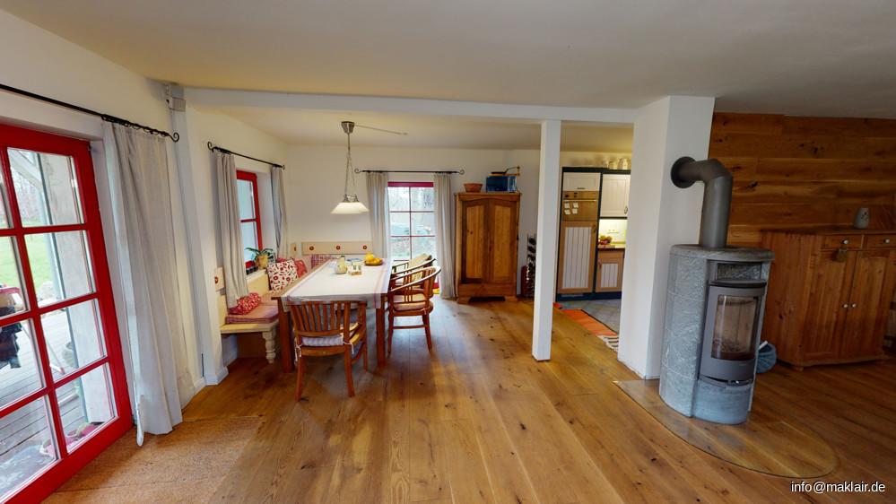 Wohnzimmer + Essecke