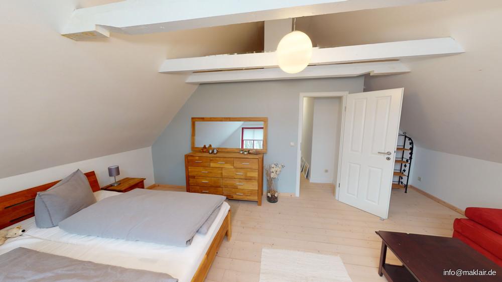 großes Zimmer, OG (2)