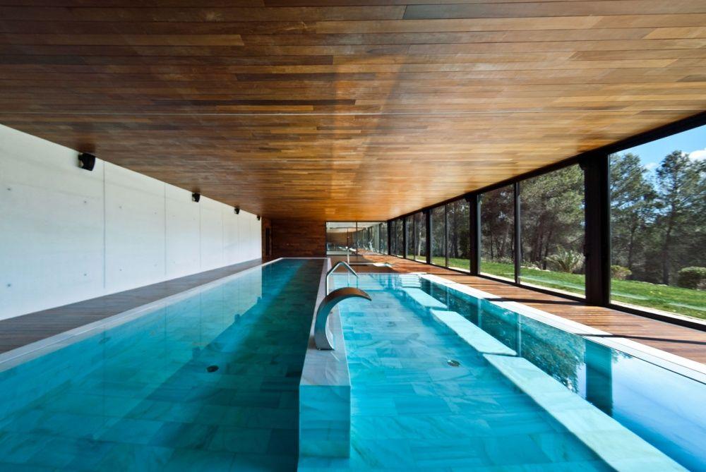 Pool of the villa in Son Vida