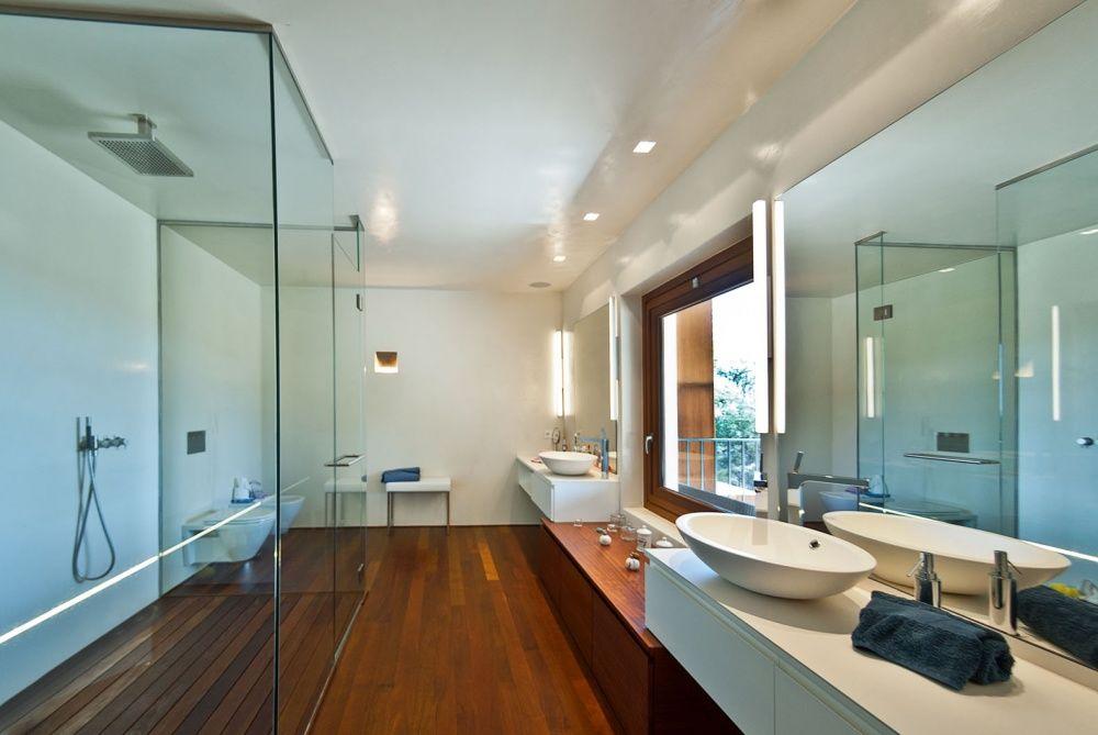 Bathroom of the villa in Son Vida