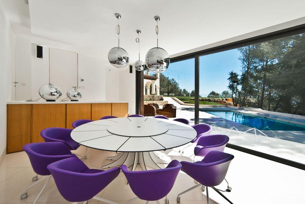 Dining room of the villa in Son Vida