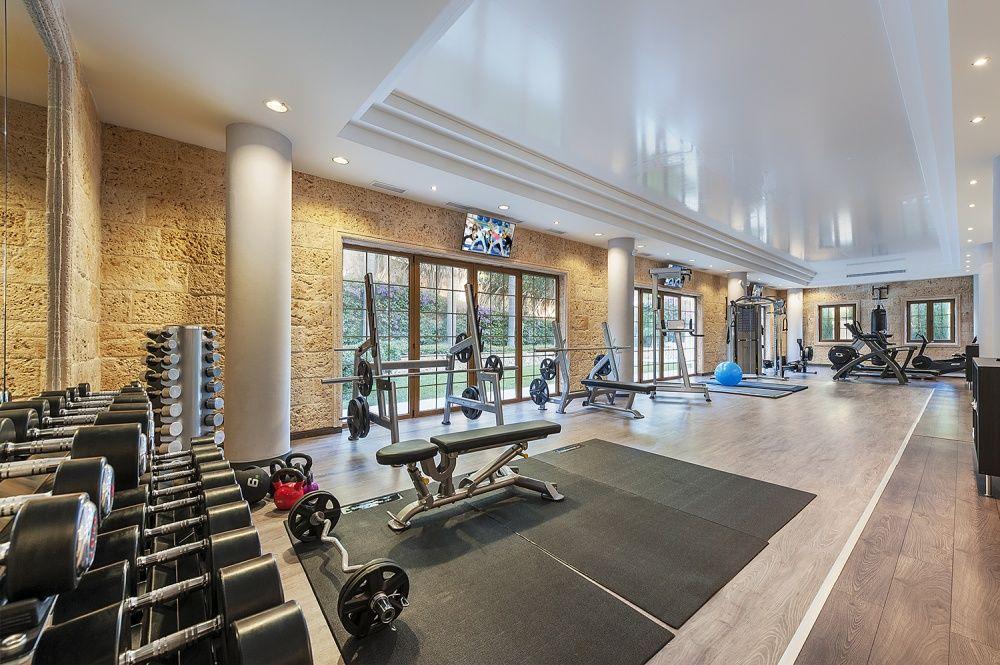 Gym of the Villa in Son Vida