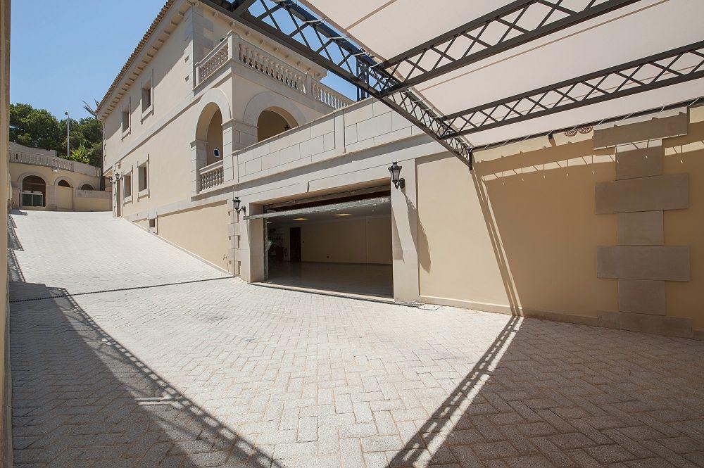 Garage of the villa in Sol de Mallorca