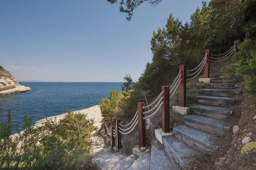Private access to the sea of the villa in Sol de Mallorca