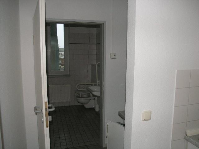 1745-Toiletten