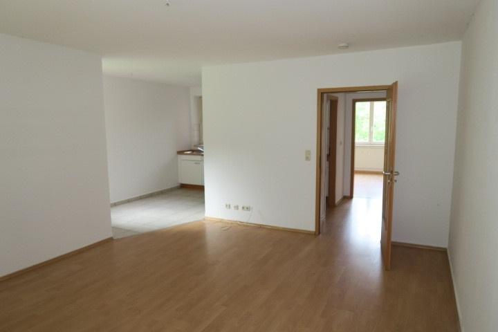 0681-Kueche-Wohnzimmer