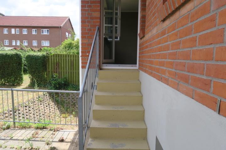 3276-Treppe zur Terrasse